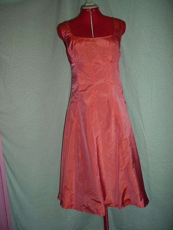 Robe en Taffeta rose changent  dans robe de soiree IMGP0494