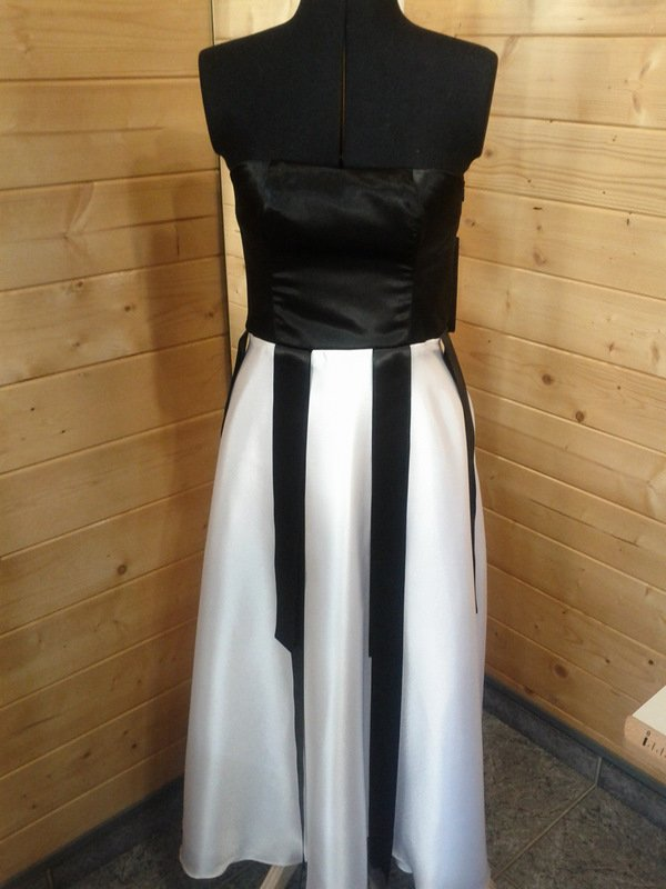 Création d'une robe de soirée  dans robe de soiree IMG_20120227_134538